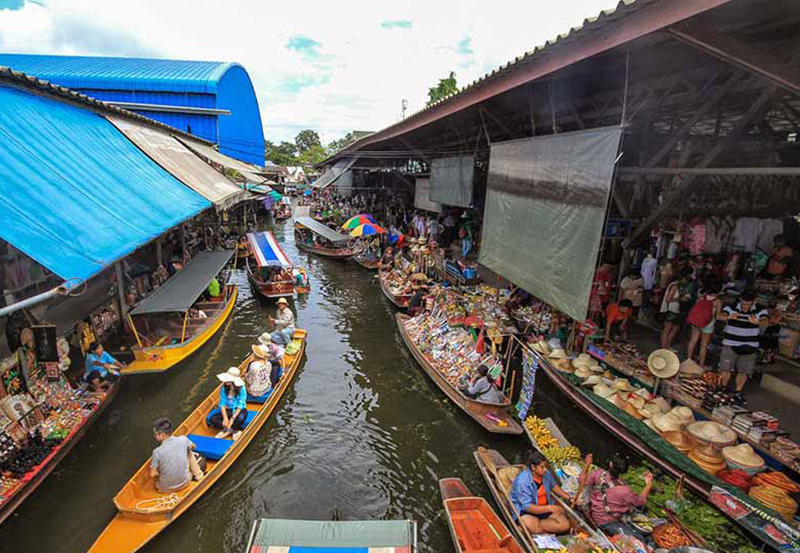 Damneon Suduak - Floating Market